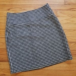 5/$25 Talbots Wool Pencil Skirt Black Ivory 6